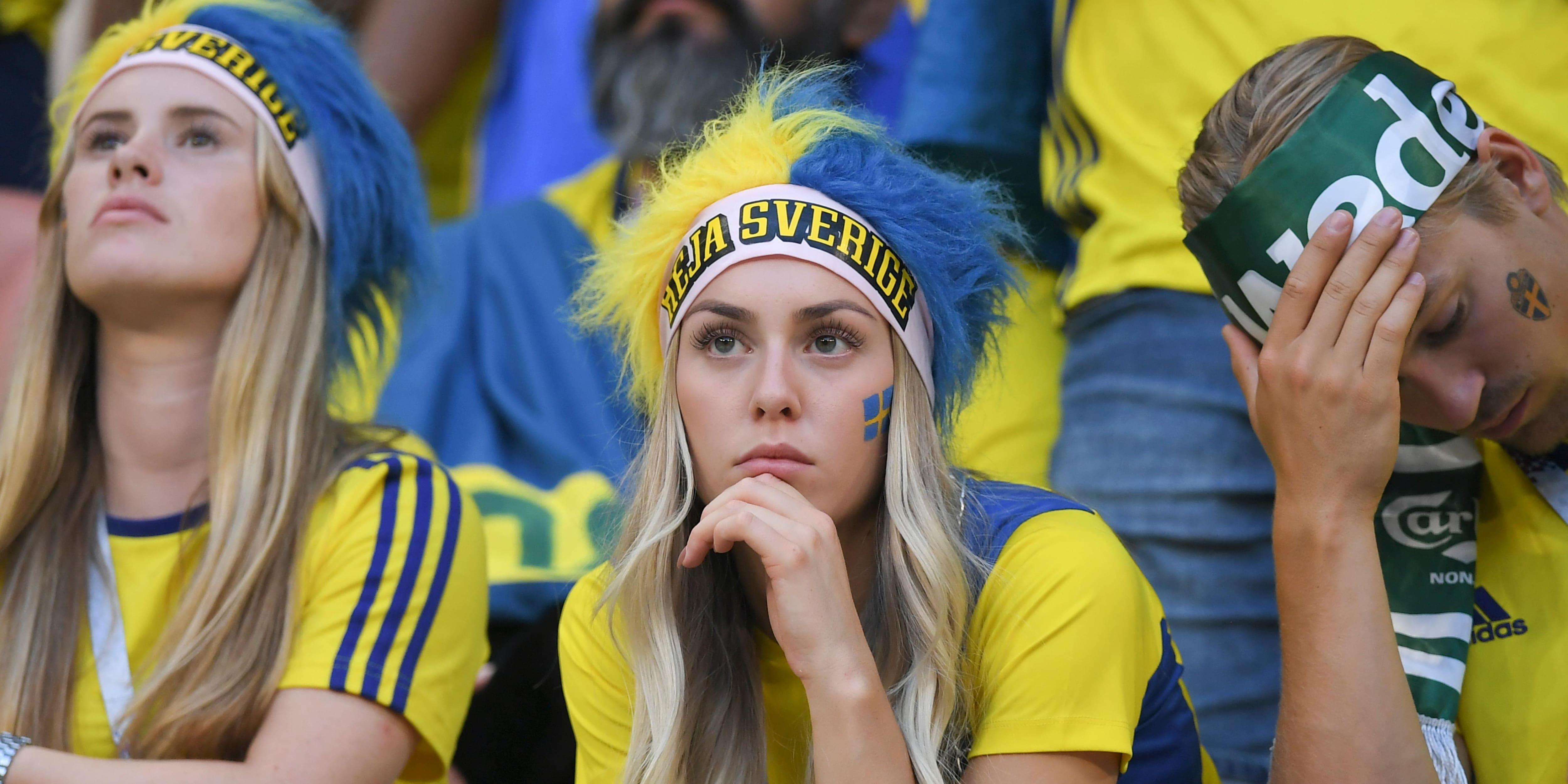 Resultado de imagem para FIFA proíbe emissoras de TV de filmarem 'torcedoras bonitas'