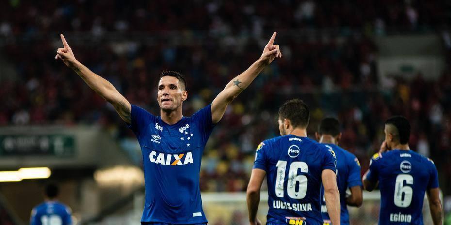 Thiago Neves c769f3d3f6074