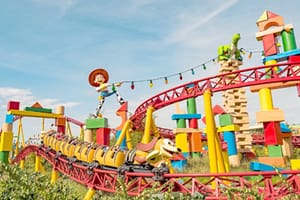 Montanha-russa Slinky Dog Dash na Toy Story Land na Disney