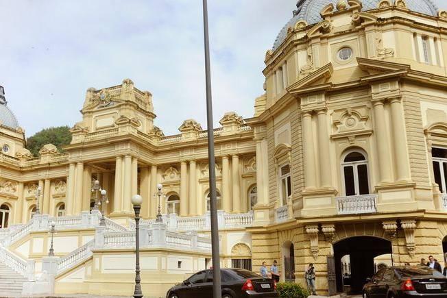 Após processo tramitar por 123 anos, STJ decide que Palácio Guanabara pertence à União
