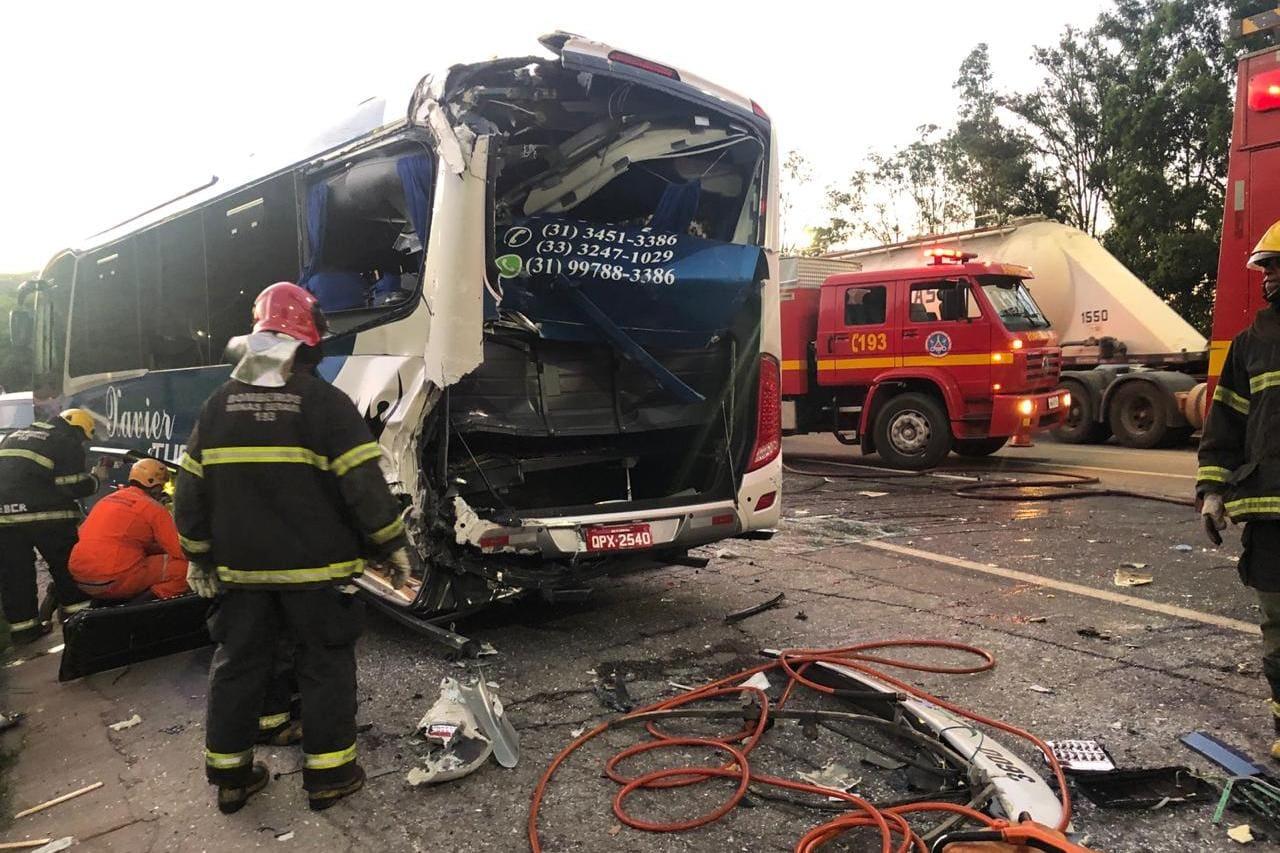 Acidente grave fecha a BR-381, em Betim