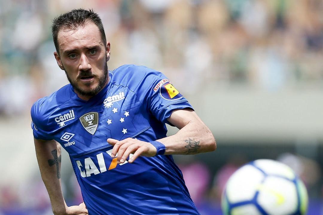 Mancuello aguarda definição e Cruzeiro admite negociação do atleta