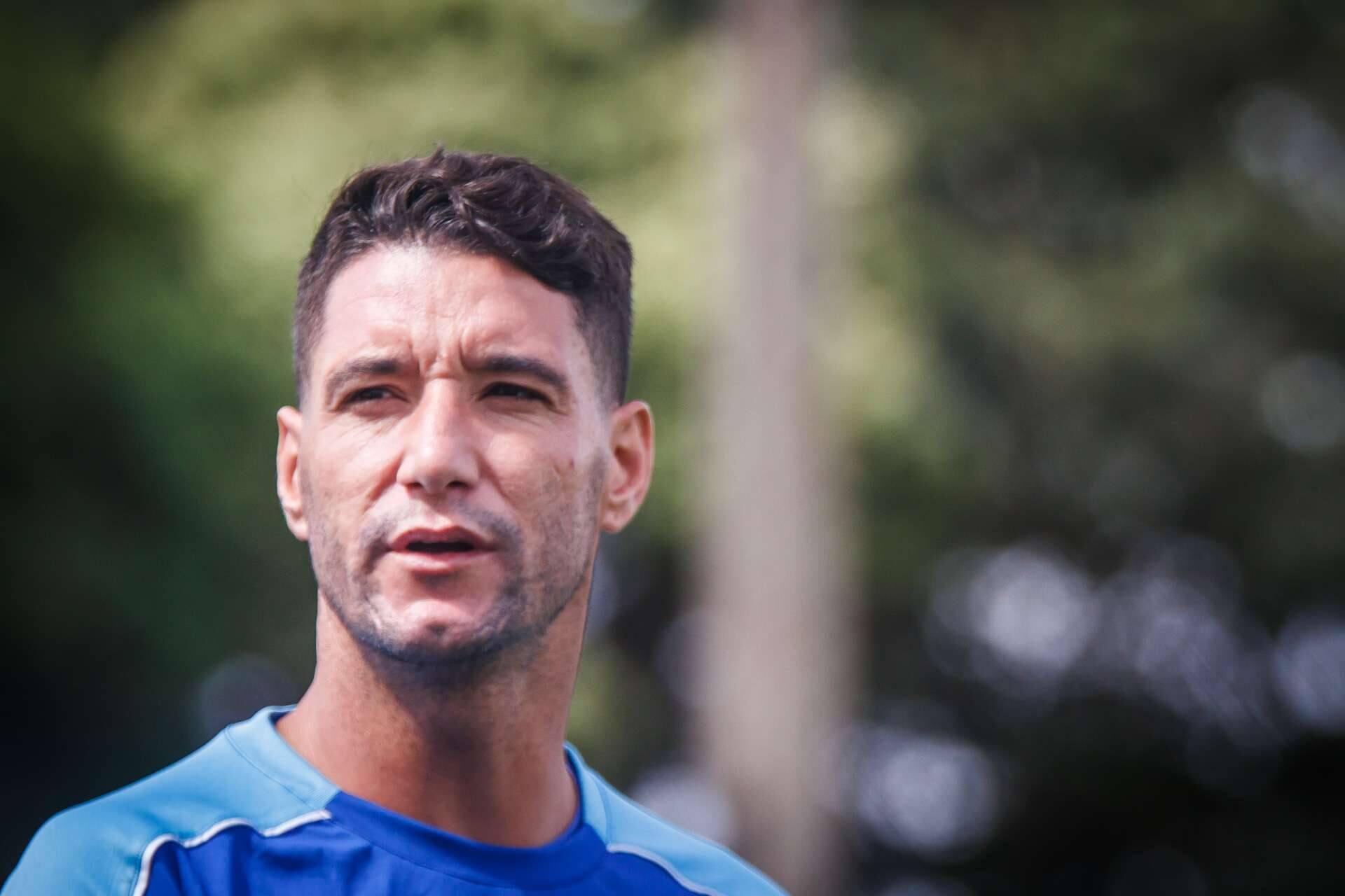 Mauro Beting ironiza Thiago Neves ao fazer  brincadeirinha infeliz ... b6ce1c65b67ab
