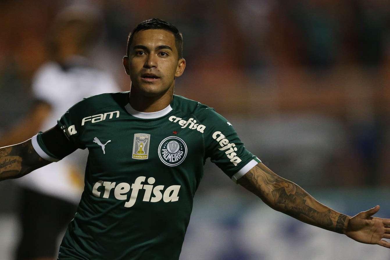 2dea111fc9 Palmeiras bate Bragantino no Pacaembu e se recupera de derrota no ...