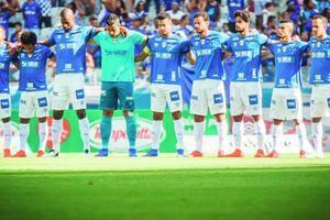 25199d79d7 2018 x 2019  qual time do Cruzeiro é melhor