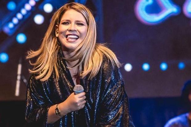 Deputados provocam colegas bolsonaristas com música de Marília ...