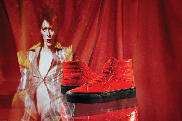 82864da0afd A Vans presta homenagem ao legado do cantor David Bowie
