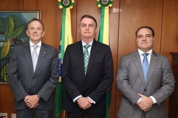 Jorge Antônio de Oliveira Francisco, Jair Bolsonaro e Floriano Peixoto Neto