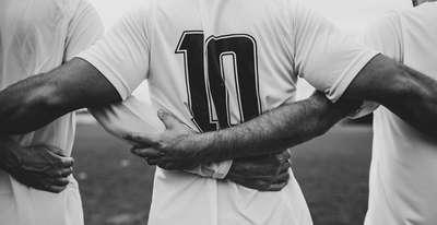 Podcast Rotas da Bola 10 traz os melhores do futebol pelo mundo; opine