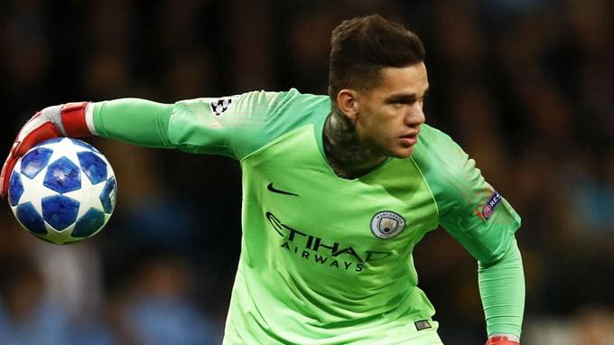 Guardiola confirma ausência de Ederson no City contra o Liverpool