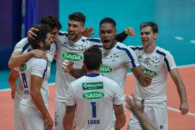 Trio do banco 'resolve' e Sada Cruzeiro supera Vôlei UM no tie-break