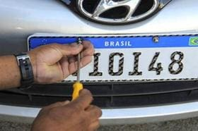 Detran-MG estipula nova data para implantação da placa Mercosul no Estado