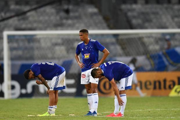 Robinho Faz 1º Jogo Pelo Cruzeiro Em 2020 E Comenta Chegou A Nossa Realidade Superfc