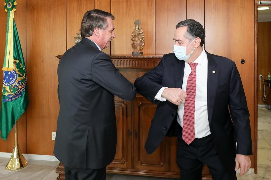 Ministro do STF e futuro presidente do TSE, Luís Roberto Barroso se encontra com Bolsonaro