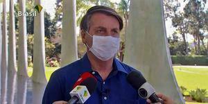 Quem teve contato com Bolsonaro deve ir à unidade de saúde, diz ministério