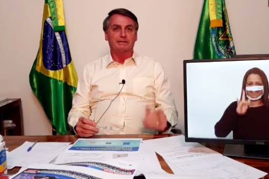 Bolsonaro: Amazônia não pega fogo porque 'é úmida' e 'índio ...