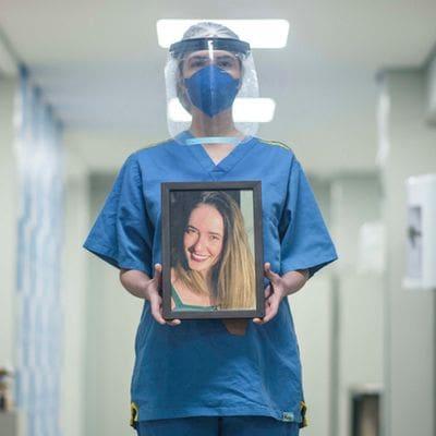 Fotos do profissional da linha de frente do Hospital Lifecenter