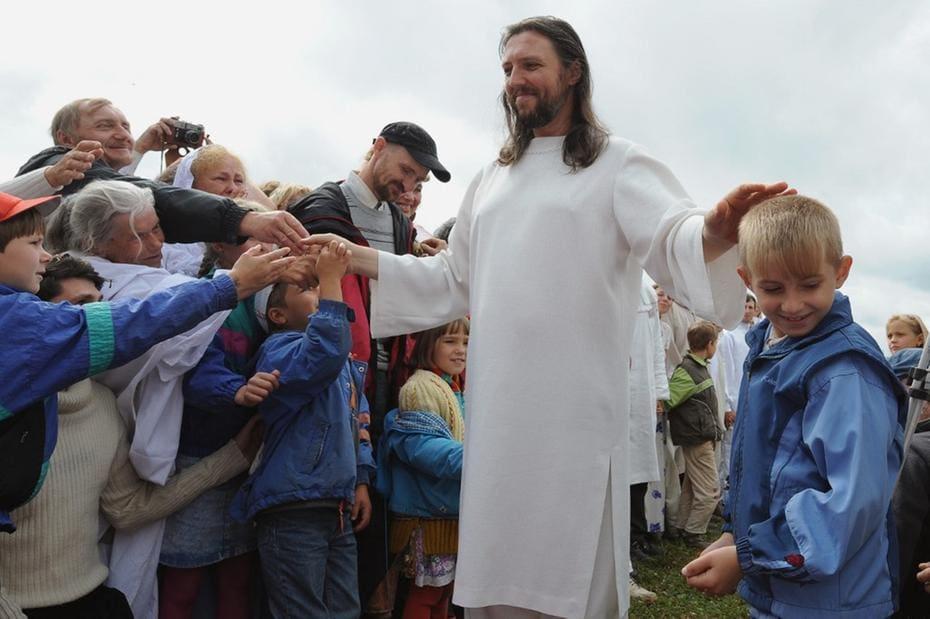 Homem que se dizia reencarnação de jesus Cristo foi preso por extorquir seguidores