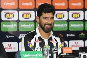 Registrado no BID, Loco Abreu pode estrear pelo Athletic contra o América