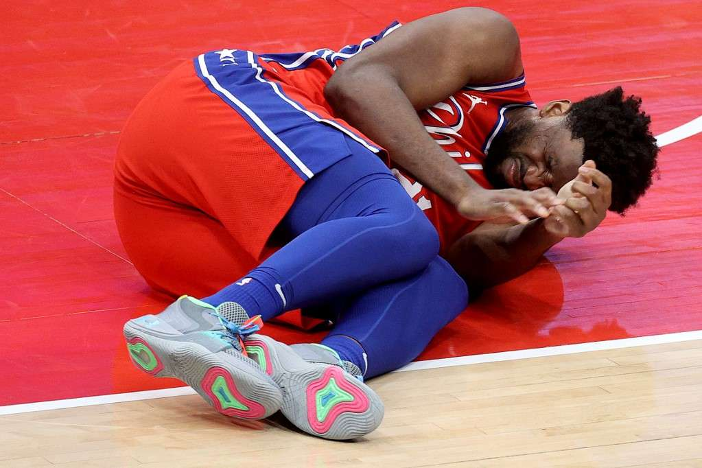 Joel Embiid sai lesionado, mas Sixers atropelam Wizards pela NBA   SUPER  NOTICIA
