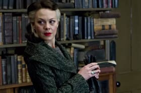Helen McCrory, estrela de Harry Potter e James Bond, morre ao 52 anos