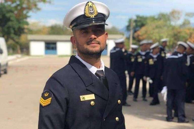 Terceiro-sargento da Escola Naval da Marinha Michel Santos já foi alvo de três sindicâncias e chegou a ficar detido