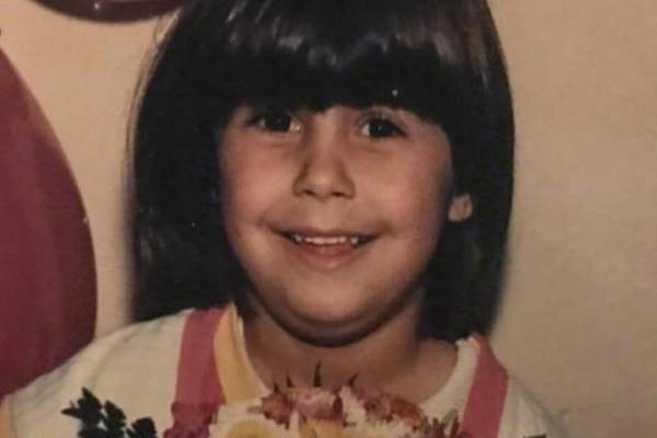 Manuela D'Ávila (PCdoB), ex-deputada federal, em foto quando criança