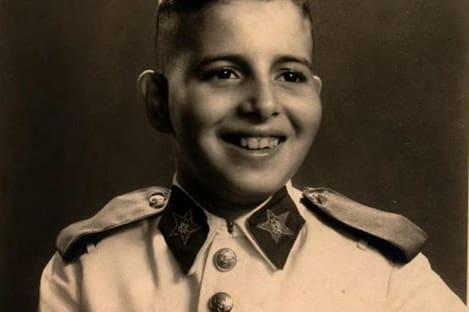 Augusto Heleno, ministro do Gabinete de Segurança Institucional, em foto criança