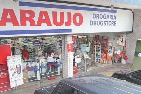 2034bd9254 Drogaria Araujo promete suspender captação de CPF em acordo com o Procon
