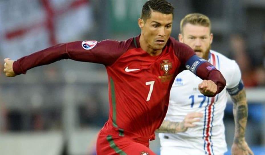 Técnico de Portugal convoca CR7 e diz já ter 70% de lista para Copa ... da89652fd5bf5