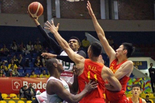 20da26b4bc Seleção de basquete masculino bate China e fecha preparação olímpica ...