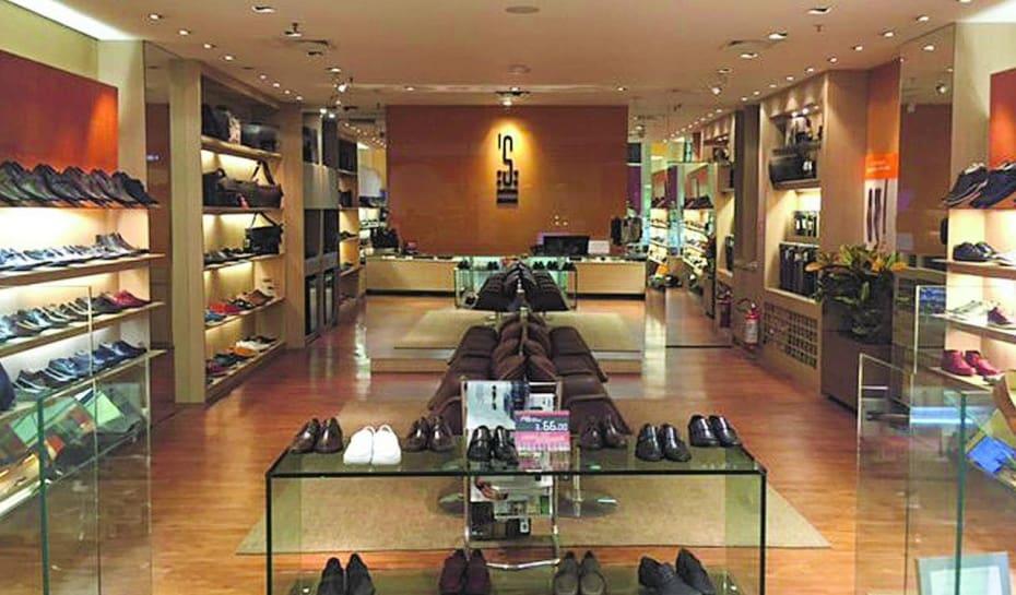a1bbb1088 As lojas 63 lojas estão espalhadas por 16 Estados brasileiros e no Distrito  Federal com a expansão por meio de franquias