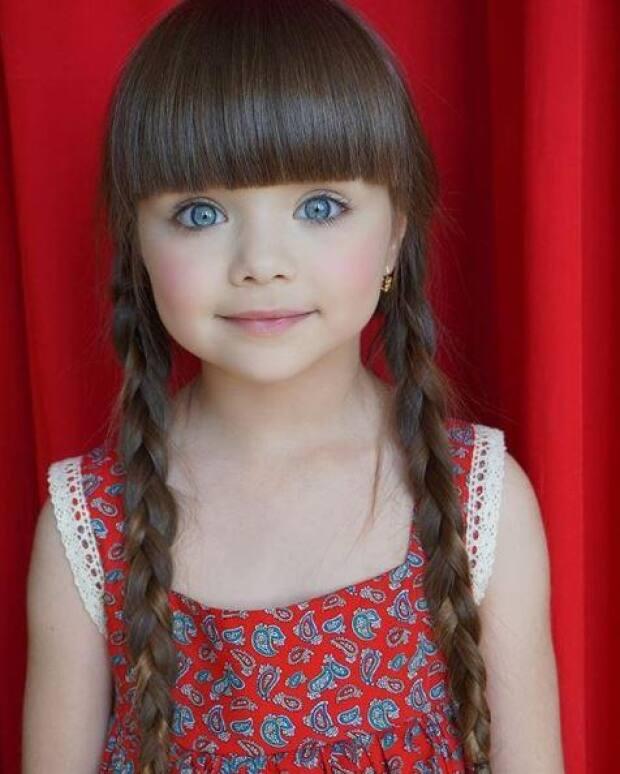 Russa De 6 Anos Está Sendo Chamada De A Menina Mais Linda