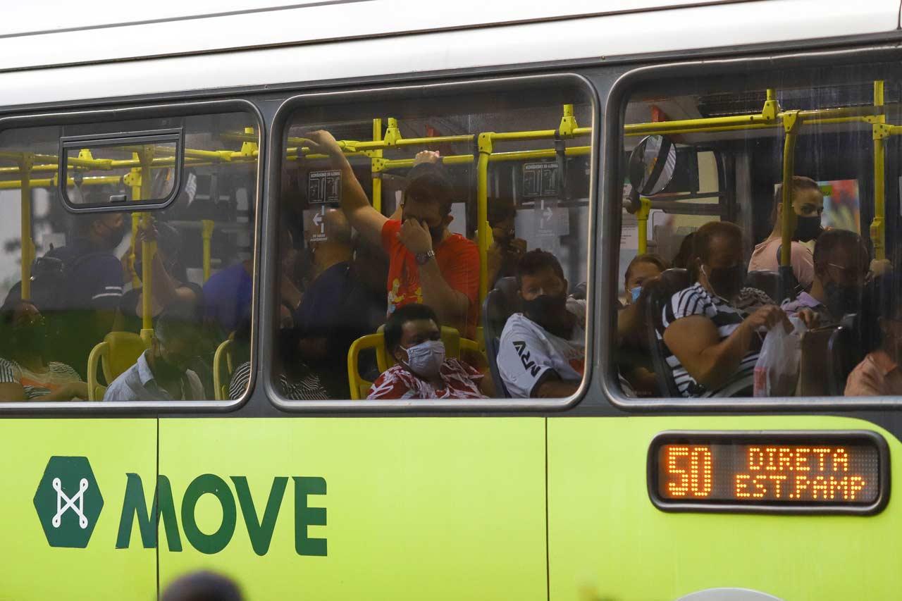 De 20 de março de 2020 a 31 de março deste ano, a média de passageiros transportados caiu 47,66%: 360.368 pessoas a menos por dia - Foto: Flávio Tavares