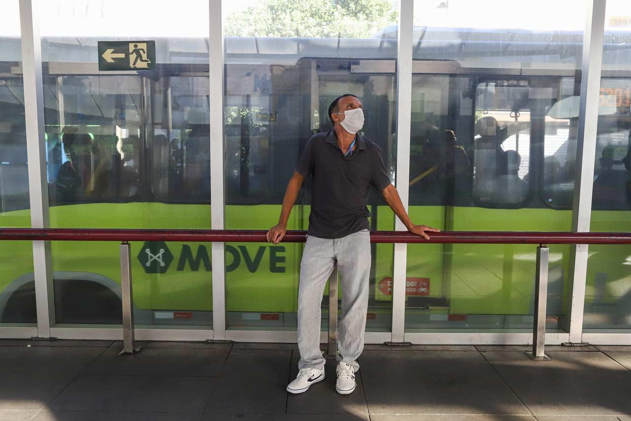 Para o eletricista Márcio Antônio da Silva, o transporte coletivo já era ruim, mas piorou muito na pandemia - Foto: Flávio Tavares