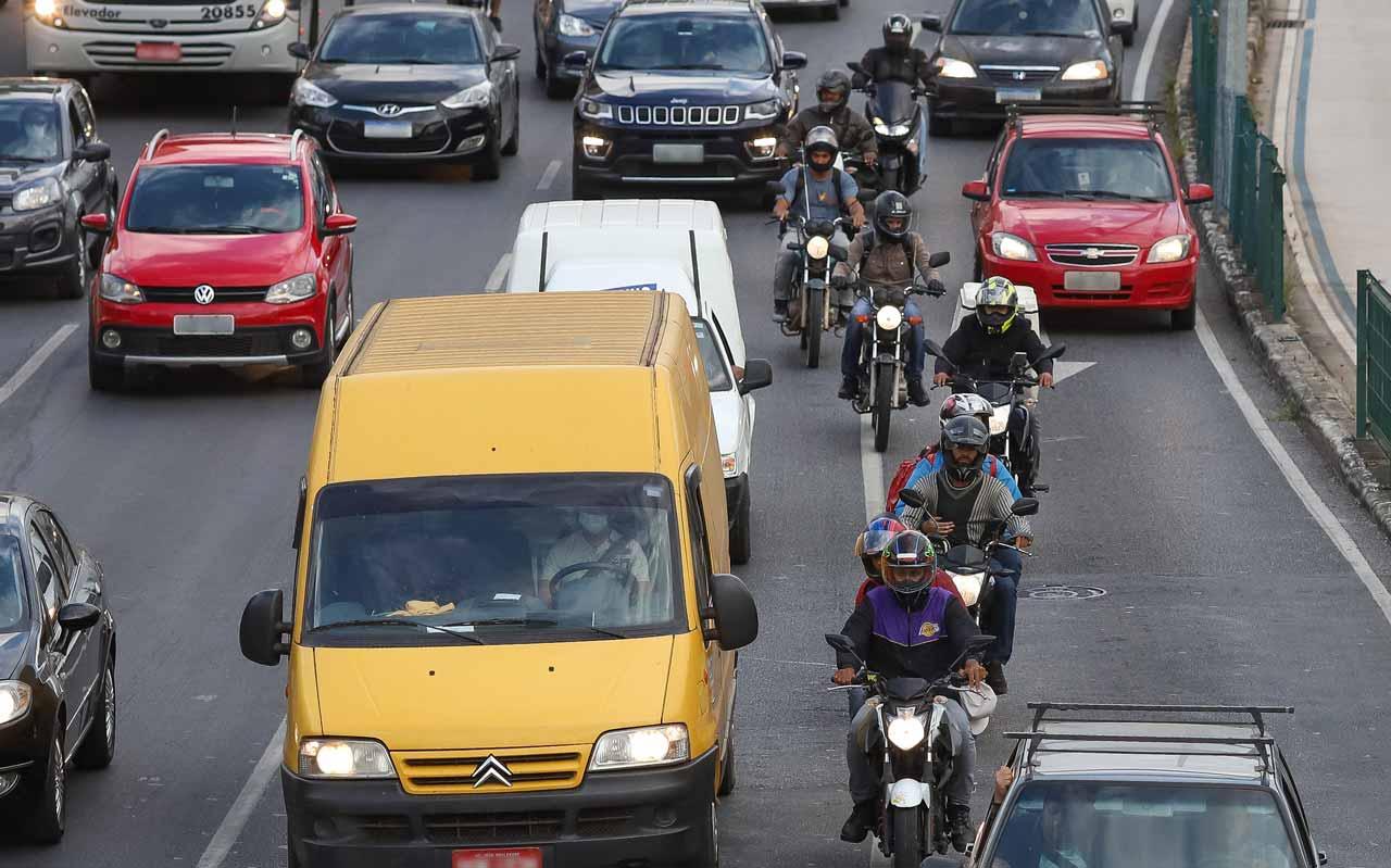 Para cada motofretista regularizado, outros cinco atuam com entregas em Belo Horizonte - Foto: Flávio Tavares