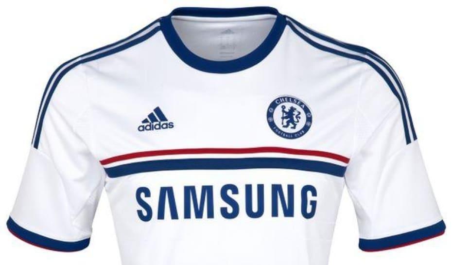 a2fd38910f Chelsea apresenta uniforme número dois da próxima temporada