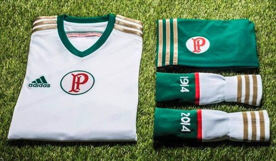 6250a0daae5b1 Palmeiras apresenta nova camisa branca para centenário