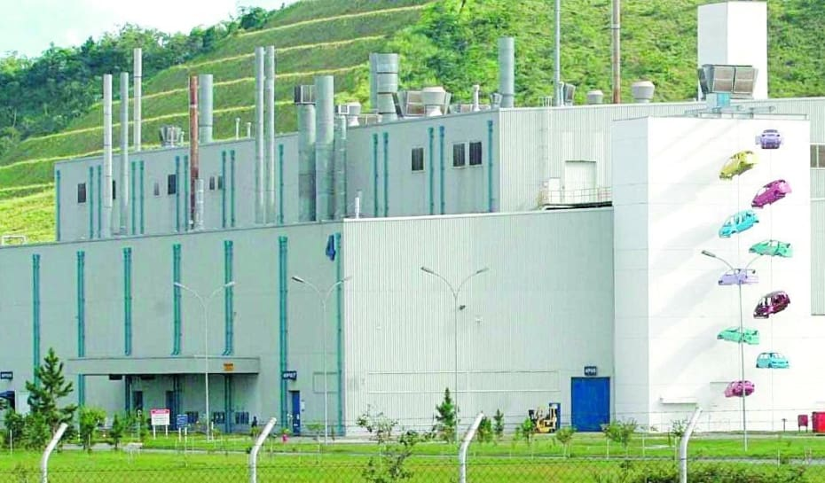 6dea62a72 Minas Gerais vai mesmo perder a fabricação da linha de caminhão leve  Accelo, da fábrica da Mercedes-Benz, em Juiz de Fora, para a unidade de São  Bernardo do ...