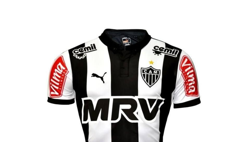 5206e3569127c Cruzeiro é terceiro clube do país que mais vende camisas  Galo é o ...