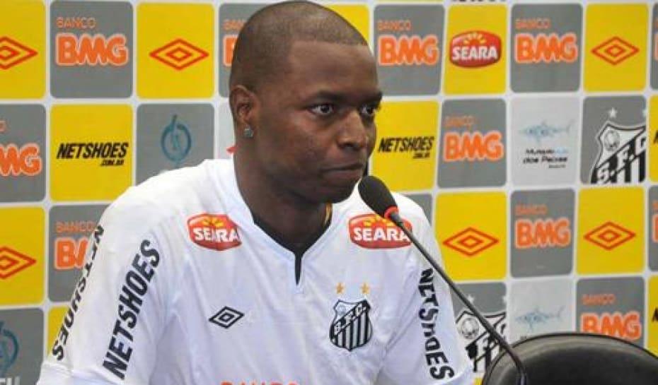 09d19d266c Santos apresenta atacante colombiano Rentería