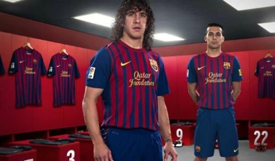 7eb08fd1de Barcelona apresenta uniforme para a temporada 2011 2012