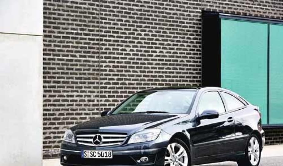d0b9fd724 Aspecto. O visual externo do Mercedes CLC se assemelha mais com a linha do  Classe