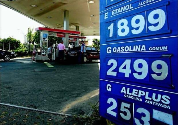 Resultado de imagem para gasolina 2010