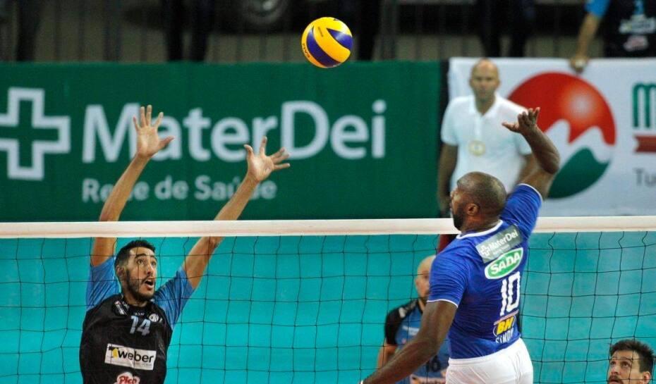 Simón chega ao quarto título em poucos meses de Sada Cruzeiro  27ab76c121b80